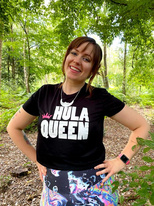 Model wears Hula Queen Cropped Tee in Black